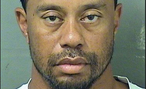 Tiger Woods pidätettiin toukokuun lopussa Jupiterissa Floridassa. Kuva on poliisin julkaisema pidätyskuva.