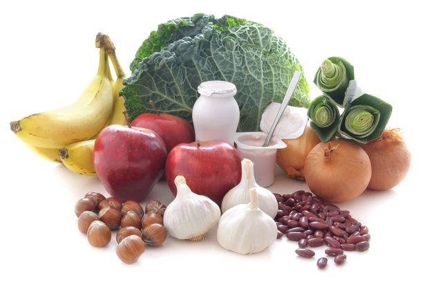 Värikäs kasvisvoittoinen ruokavalio tekee suolistolle hyvää.