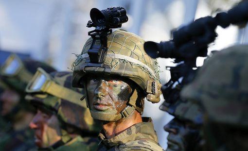 Naton joukkolisäykset Itä-Euroopassa hiertävät Venäjää.
