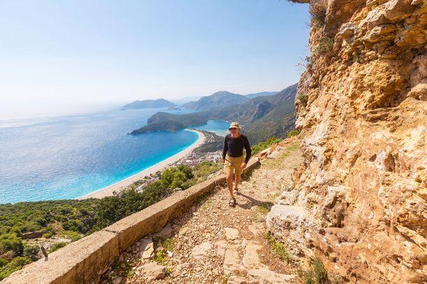 Antalyan seutu tarjoaa upeita vaellusreittejä.