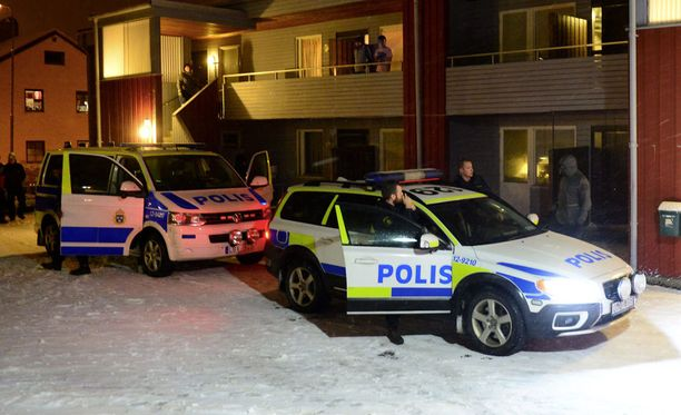 Poliisi teki etsinnän turvapaikanhakijoiden väliaikaismajoitukseen.