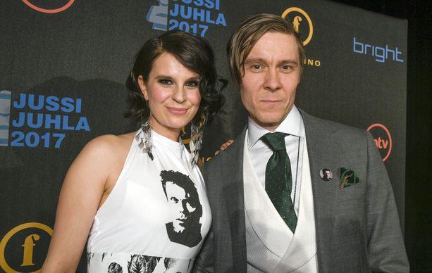 Olga ja Tuukka Temonen ovat olleet naimisissa vuodesta 2008. Pariskunta tekee paljon myös töitä yhdessä.