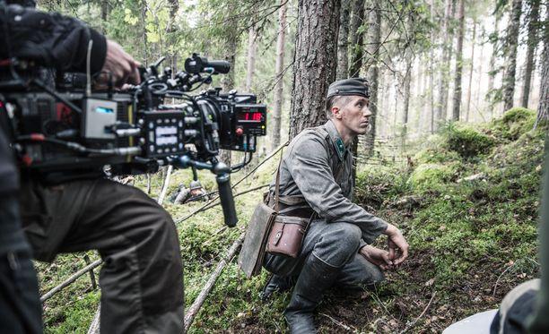 Näin Tuntematonta sotilasta kuvattiin.