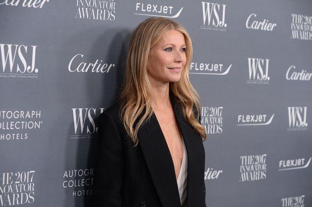 Gwyneth Paltrow sai parhaan naispääosan Oscarin elokuvasta Rakastunut Shakespeare.