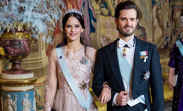 Sofialla ja Carl Philipillä on kaksi lasta.