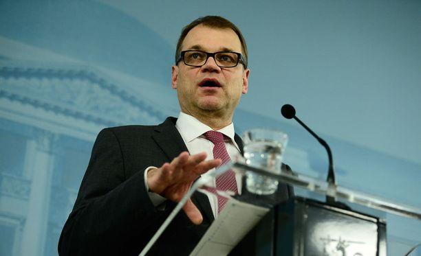 Juha Sipilän mukaan työmarkkinajärjestöjen ehdotus niin sanotusta Suomen mallista riittää hallitukselle.