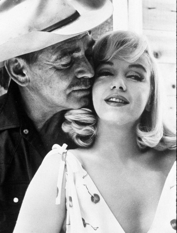 Clark Gable kuoli pian lopetettuaan Sopeutumattomat-kuvaukset Marilyn Monroen kanssa.
