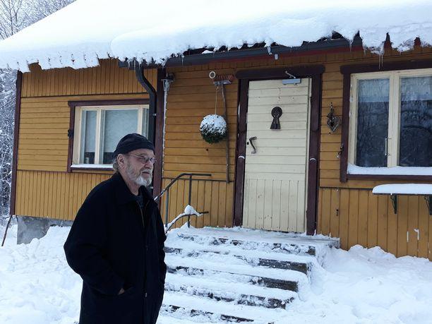 Juhani Yliruusi asuu Rantasalmen Osikonmäessä suunnitellulla kaivosalueella.