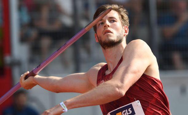 Tällä kaudella päälle 85 metriä heittänyt Saksan keihästähti Bernhard Seifert ei pääse keskiviikkona Espoon eliittikisoihin loukkaantumisen vuoksi.