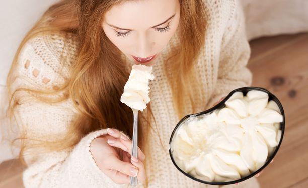 Syömishäiriöt ovat yleisiä mielenterveyden häiriöitä, joihin liittyy poikkeavan syömiskäyttäytymisen lisäksi psyykkisen, fyysisen tai sosiaalisen toimintakyvyn häiriintyminen.