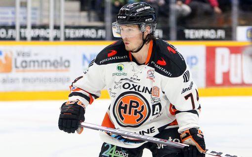 SM-liigan tähtipuolustaja siirtyy Ruotsiin – Jatkoaika: KHL-siirto kariutui, kun joukkue meni alta