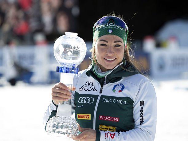 Dorothea Wierer voitti viime kaudella ampumahiihdon maailmancupin.