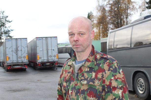 Yrittäjä Matti Hankonen kiistää syytteen.