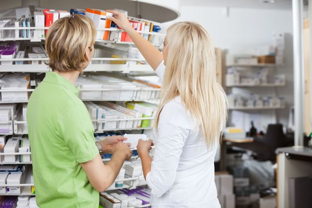 Kipulääkkeen valinnassa kannattaa neuvoa kysyä apteekin henkilökunnalta.