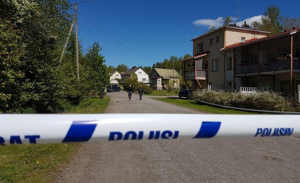 Poliisi eristi alueen sunnuntaina tutkinnan ajaksi Mäntyharjulla.
