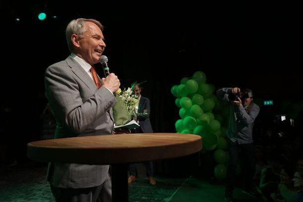 Vihreät valvoivat vaalitulosta Tavastialla.