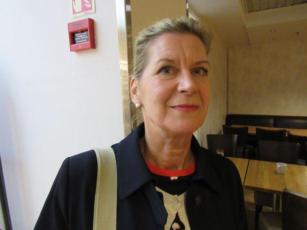 Syöpälääkäri Meri-Sisko Vuoristo sai tarpeekseen Pirkanmaan syöpäyhdistyksessä erimielisyyksistä toiminnanjohtajan kanssa ja sanoi itsensä irti tulehtuneessa tilanteessa.