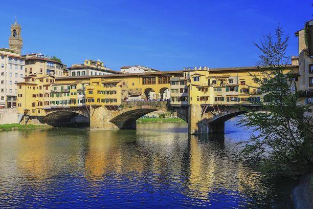 Firenzen Ponte Vecchio Italiassa.