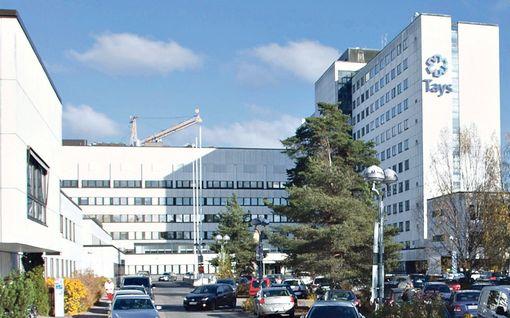 Sairaalassa syttyi tulipalo Tampereella – vapaapäivää viettänyt pelastusjohtaja toimi sankarillisesti