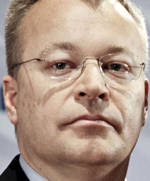 Sympaattinen Stephen Elop pitää jääkiekosta ja antaa potkuja suomalaisille.