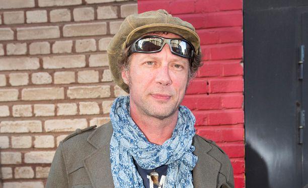Hanoi Rocks ja David Bowie ovat molemmat olleet Antti Reinille iso juttu.
