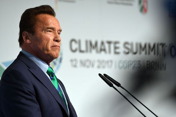 Ilmastoaktivistina tunnettu Kalifornian ex-kuvernööri Arnold Schwarzenegger puhui Bonnissa sunnuntaina.