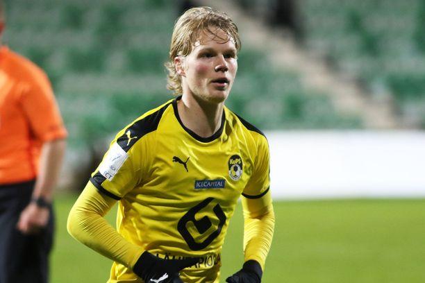 Urho Nissilä pelaa tulevallakin kaudella KuPSin riveissä.