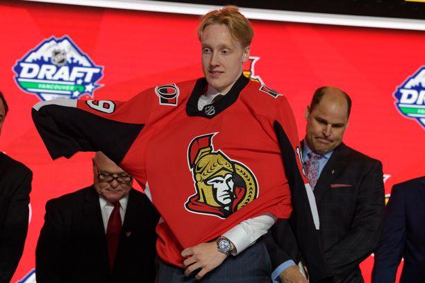 Lassi Thomson palaa ensi kaudeksi Suomeen yhden Kanadassa vietetyn juniorivuoden jälkeen.