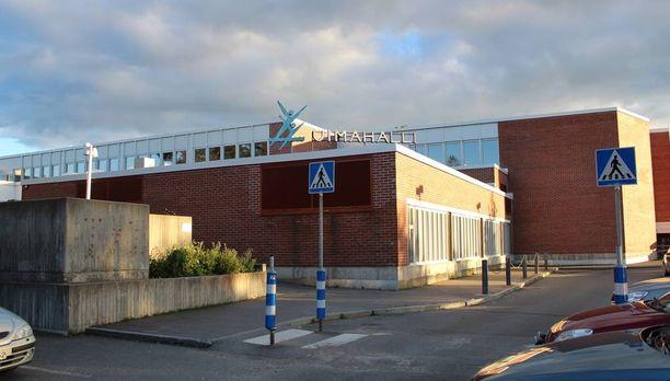 Poliisi tutkii epäsiveellistä käytöstä Jyväskylän vesiliikuntakeskuksessa.