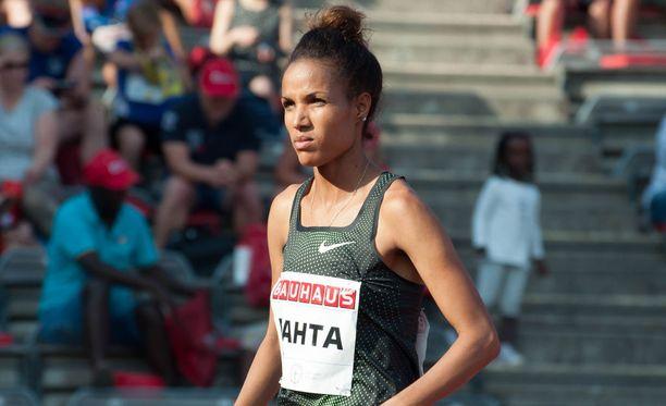 Meraf Bahta on epäiltynä dopingrikkeestä, mutta hän kilpailee yhä.