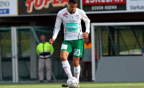 Bobbie Friberg da Cruz iski IFK Mariehamnin avausmaalin.