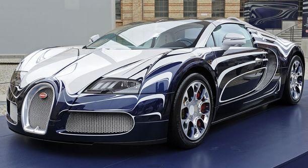 Bugattin posliinipinnassa on hieno kiilto.
