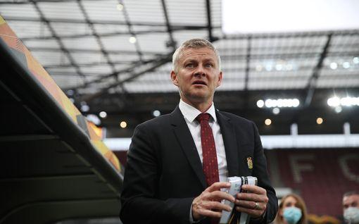 Manchester Unitedissa saattaa kyteä kriisi heti kauden alussa – Ole Gunnar Solskjärin pesti vaarassa?