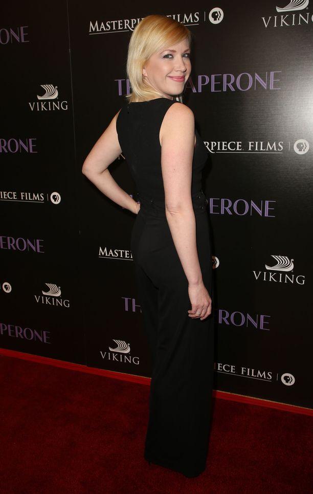 Adrienne Frantz on näytellyt Kauniit ja rohkeat -sarjassa myös Amerin kaksoissisarta Aprilia.