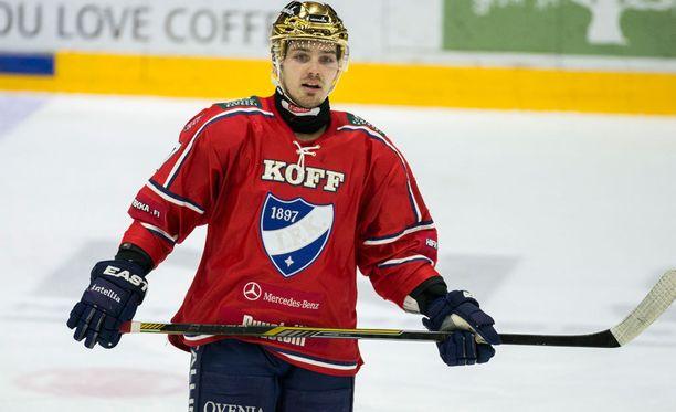 Tomas Zaborsky joutui suihkun puolelle.