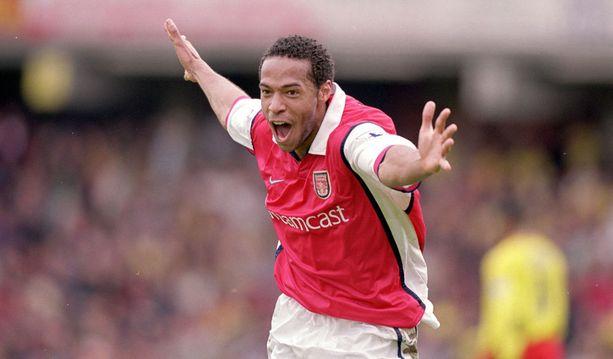 Minkä seuran paidassa Thierry Henry aloitti ammattilaisuransa?