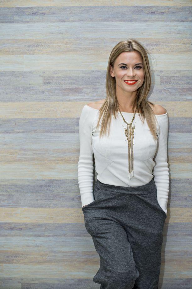 Tiia Elg on tunnettu tanssija ja näyttelijä.