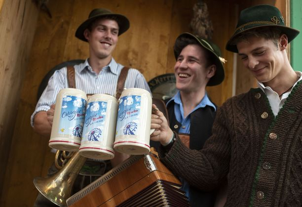Tässä esitellään vuoden 2018 Oktoberfestin virallisia tuoppeja.
