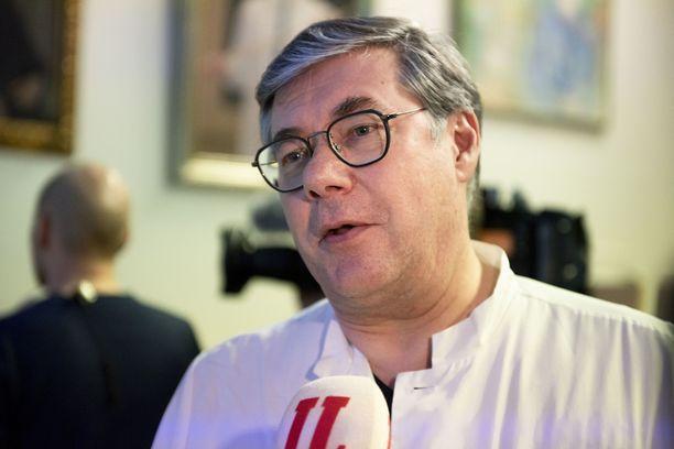 Asko Järvinen on Husin infektioylilääkäri.