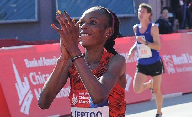 RunBlogRun-sivuston mukaan Rita Jeptoo on kärähtänyt dopingista.