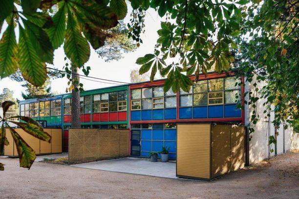 Arkkitehti Erkki Kairamo sunnitteli tämän talon 1970-luvulla Espoon Westendiin.