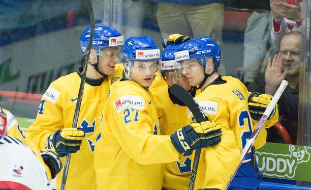 Ruotsalaiset tekivät puolivälierissä kovaa jälkeä höykyttämällä slovakian 6-0.