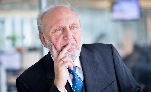 Hans-Werner Sinn pitää suomen eroa yhteisvaluutasta mahdollisena.