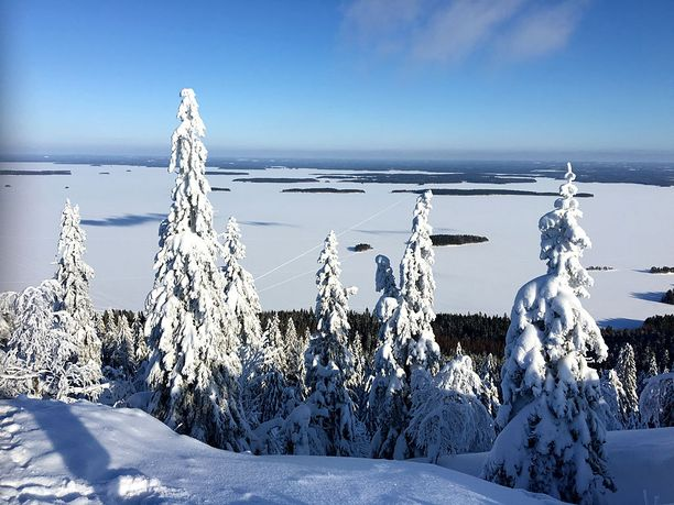 Tämä on luultavasti yksi Suomen kuvatuimmista maisemista. Koli sopii rauhaa arvostaville matkailijoille.