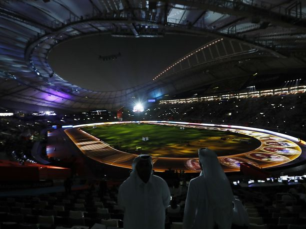 Viime syksyn yleisurheilun MM-kisat Qatarissa jäivät mieleen paitsi näyttävistä järjestelyistä, myös hyvin pienistä yleisömääristä.