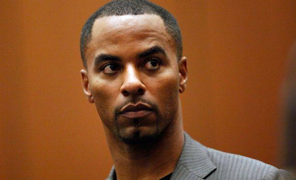 Darren Sharper tuomittiin pitkäksi aikaa telkien taa.
