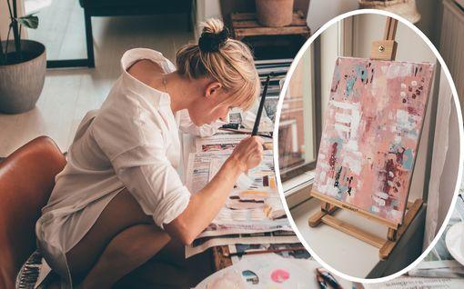 Somevaikuttaja Sara Vanninen alkoi maalata tauluja – tällaisia ne ovat