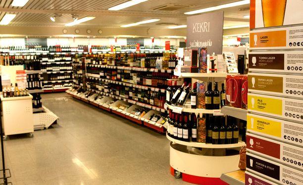 Uusi alkoholilaki toisi hallituksen esityksen mukaan Alkoille noin 100 miljoonan euron myynnin menetykset, koska Alko menettäisi noin 70 prosenttia oluen, siiderin ja long drink -juomien myynnistään.