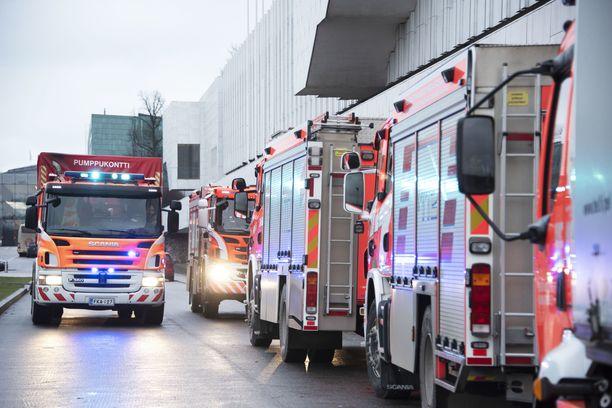 Hätäkeskuspäivystäjän mukaan Erica-järjestelmä arvioi tehtävät usein liian kiireelliseksi.