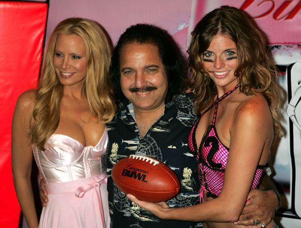 Mittavan uran mittavalla värkillään tehnyt Ron Jeremy on Turun erotiikkamessujen pääesiintyjä.
